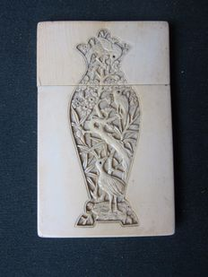 Antique Cantonese ivory card box - China - around 1880