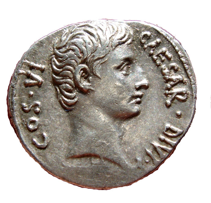 Roman Empire - Augustus (27 B.C. - 14 A.D.) silver denarius (3,92 g. 20 mm). Uncertain mint, 28 B.C. AEGYPTO CAPTA. Crocodile.