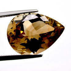 Champagne Topaz - 18.80 ct - No Reserve Price