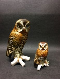 2 Karl Ens owl figurines, 1 large, 1 small