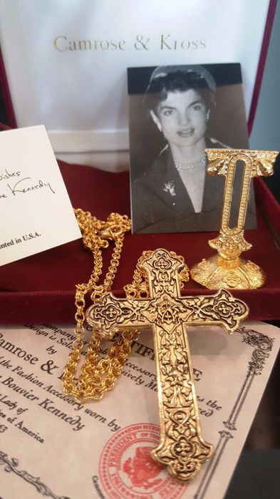 Vintage Camrose & Kross - Jackie Kennedy - gold tone Crucifix Necklace with Stand