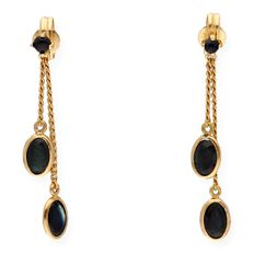 18 kt/750 yellow gold - Earrings - Sapphires: 2.40 ct in total - Earring height: 29.60 mm