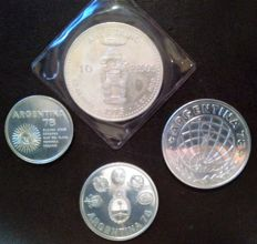 Dominican Republic and Argentina - Lot of 4 coins of 10 pesos 1975 and 1000/3000 pesos 1978 - Silver