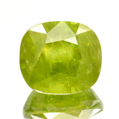 Sphene (titanite) - 3.03 ct No reserve price