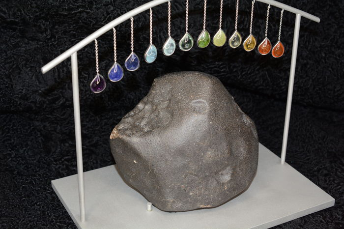Sky messengers - fantastic meteorite shows regmaglypts - on stainless steel - with rainbow of gems in silver - 30 x 27 x 20 cm