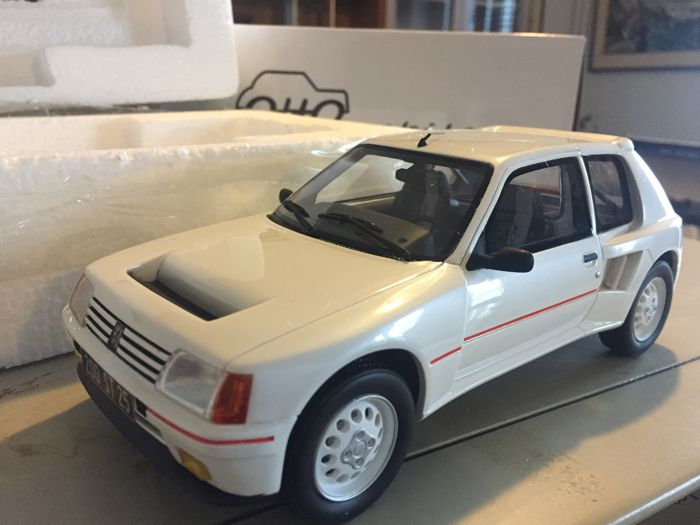 otto mobile scale 1 18 peugeot 205 turbo 16 street car limited edition of 1 500 pieces. Black Bedroom Furniture Sets. Home Design Ideas