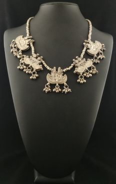 Silver necklace with antique box pendants - Rajasthan (India), mid-20th century
