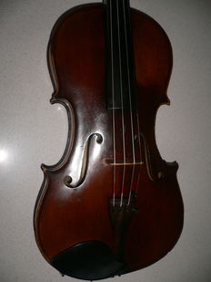 Very nice violin in it a label of Jean Lavello, Paris,1938, exellent sound, good balanced,