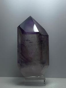 Amethyst crystal with moving ´bubble' - 11 x 6 x 4cm - 569gr