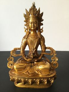 Amitabha Buddha representation in copper with old gold patinated - Nepal - Early 21st century.