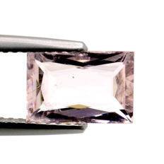 Morganite - 1.65 ct No reserve price