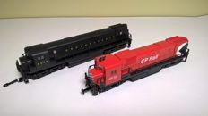 Mehano H0 - 2 diesel-electric locomotives: C-430 & C - 628 of Pennsylvania/CPR