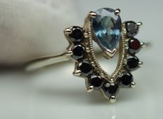 Gold Ring - 2.66 gr. with Sapphire 0.45 ct.  , Diamonds - 0.4 ct. total , size 55; no reserve price
