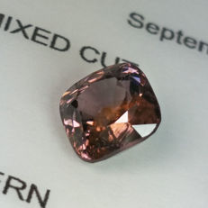 Pale purple Spinel - 1.47 ct .