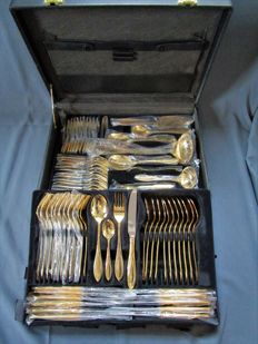 SBS cutlery in case (genuine leather) - 12 people (70 pieces) 23 / 24 karat hard gold plated - 1000 gold