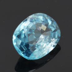 Blue zircon - 3.10 ct – No reserve price