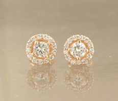 *****NO RESERVE PRICE**** 14 kt rose gold ear studs set with 28 brilliant cut diamonds, approx. 0.58 carat in total