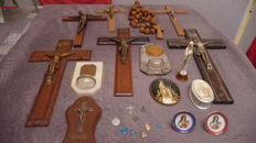 Lot of religious objects