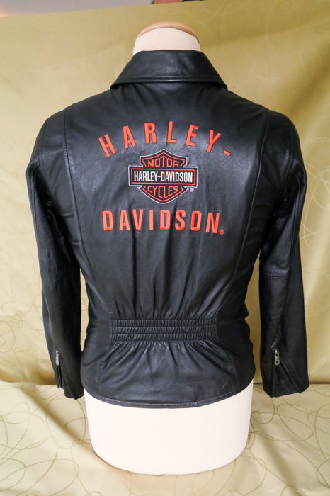 Authentic Harley Davidson Leather ladies motorcycle jacket Size S W. Catawiki