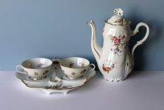 Antique porcelain - tea pot - tête a tête and two cups