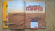 Buzz Aldrin - Welcome To Mars. Making A Home On The Red Planet - 2015