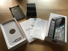 Apple iPhone 4s 16GB - with USB cable