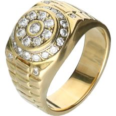 18 kt Yellow gold men's ring set with 30 round brilliant cut diamonds with a total of approx. 1.62 ct - Ring size: 22.75 mm