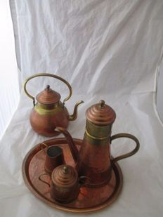 Tea set + coffee pot in yellow and red copper