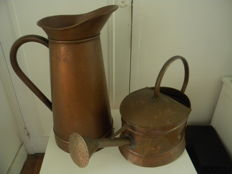 Garden jug and watering can in massive copper - End 19th century