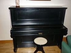 Piano Hölling & Spangenberg serial number 25332 Germany between 1887 and 1920