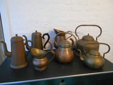 Lot of 5 coffee pots and 2 jugs - brass - copper