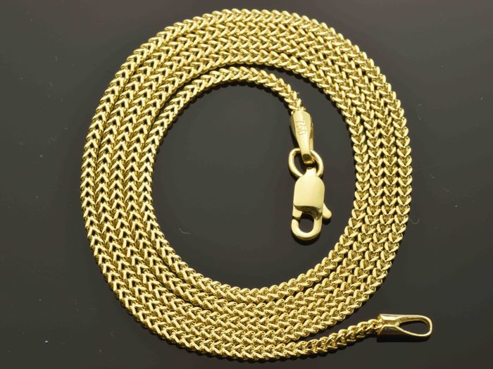 18k Gold Necklace. Chain - 50 cm. Weight 3.25 g. No reserve price.