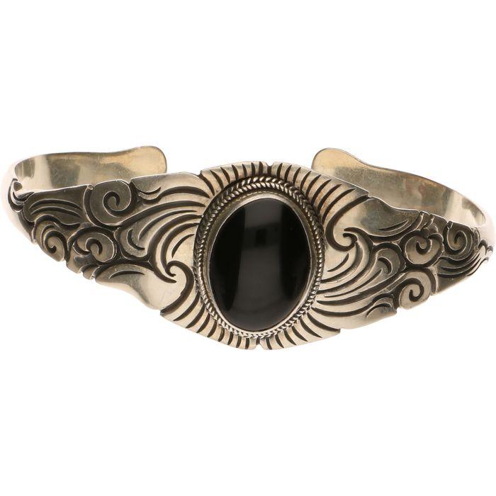Silver cuff bangle set with onyx - Inner size: 62.45 mm