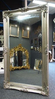 Imposing Baroque mirror - facet cut glass - hand-gilded -135 x 235 cm