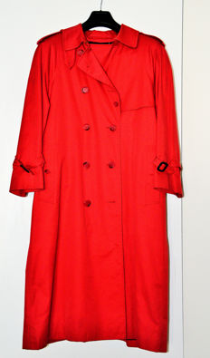 Burberry - Women's red raincoat in perfect condition - Vintage