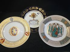 Commemorative porcelain plates: St Alban, St Ethelbert and marriage of Prince Charles and Lady Diana Spencer