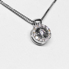 Necklace with centre stone and corolla - 18 kt white gold - brilliant cut diamond
