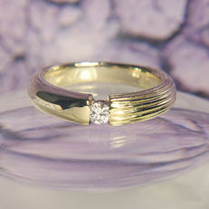 14K Solitaire Engagement / Entourage Ring Diamond in brillant cut of c. 0,1 Ct  RS 48: US: 4,5 : 15,2 mm∅