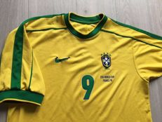 Legendary world champion Brazil Home Shirt World Cup 1998 - Ronaldo 9.