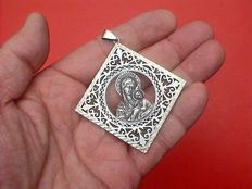 Beautiful large open-work lace silver icon pendant - mother of God / Mary with Child Jesus - 1st half of the 20th century