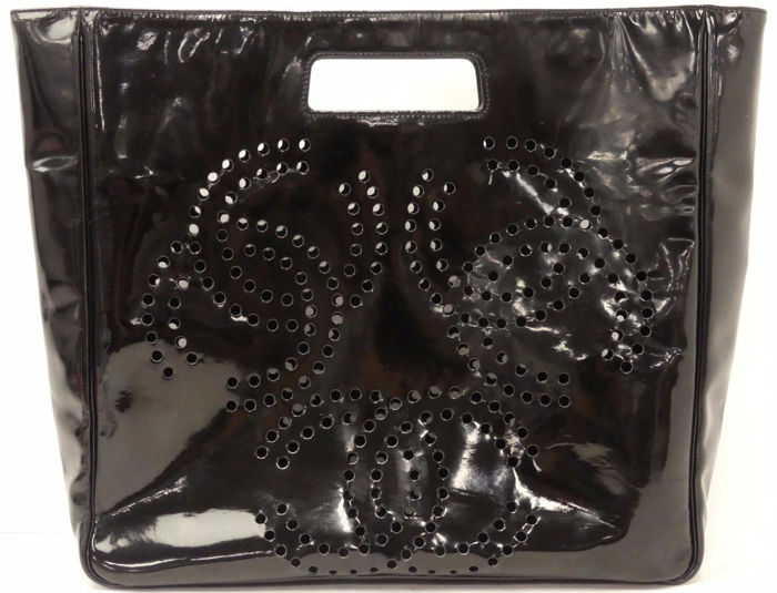 d57f3555dd20 Chanel - Perforated Patent Leather Triple CC Large Tote Bag - Catawiki