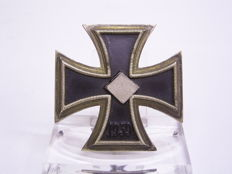 German Medal Iron Cross 1st Class 1939, WWII, curved shape