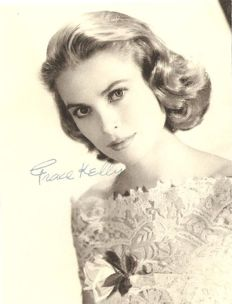 Grace Kelly original autograph. Certificated.