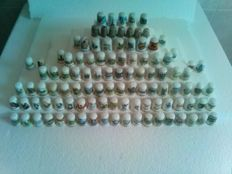 Collection of 107 different thimbles - Collection of 107 thimbles