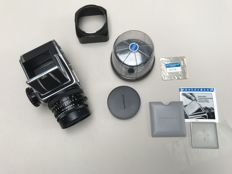 Hasselblad 500C/M camera with lens Planar with 80mm f2.8 T*