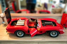 Unique Handcrafted Model - Scale 1/4 - Ferrari 250 Testa Rossa - Red