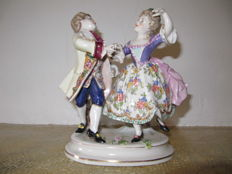 Goebel statue of dancing couple