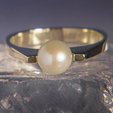14K Modern Lady's Ring Creme White Pearl 6,6 mm  RS 55 : US: 7,5 : 17,6  mm∅