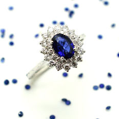 Gold ring (18 kt) with Sapphire and Brilliant-cut Diamonds (1.62 ct in total)