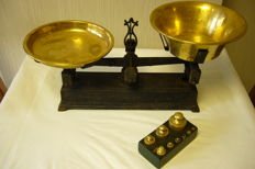 Large weighing scale
